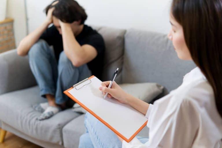 ניהול מוניטין למטפלת בפסיכולוגיה